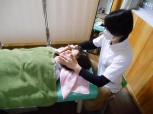 顔つぼ療法